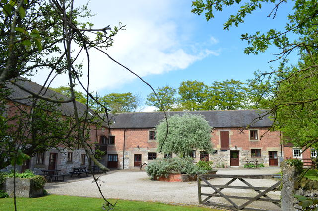 Knockerdown Cottages